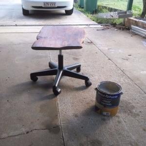 ساخت میز چرخ دار