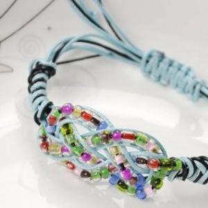 دستبند ملوانی با دانه های تسبیح
