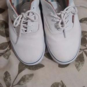 شستشوی کفش کتانی (ونس) سفید