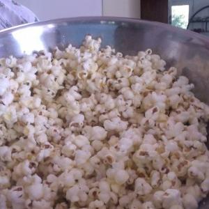 طرز تهیه پاپ کورن خانگی  شور و شیرین