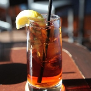 طرز تهیه چای سرد طبیعی